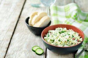 Receta de Ensalada con Yogurt Griego