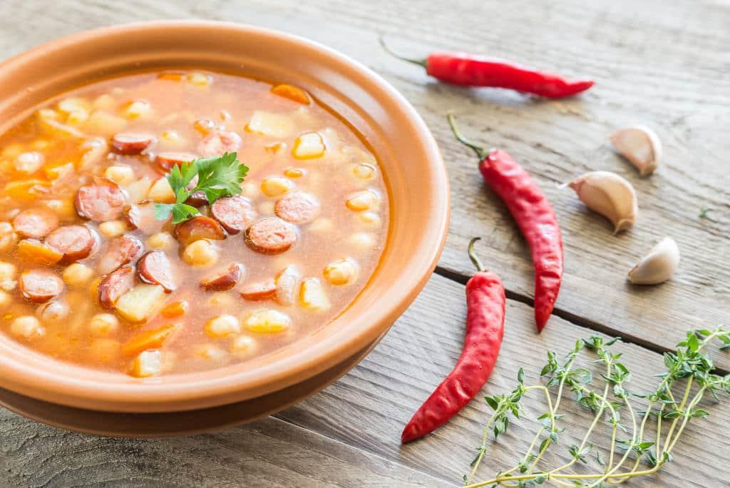 Receta de Sopa de Col con Salchicha