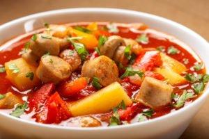 Receta de Sopa Italiana de Salchicha