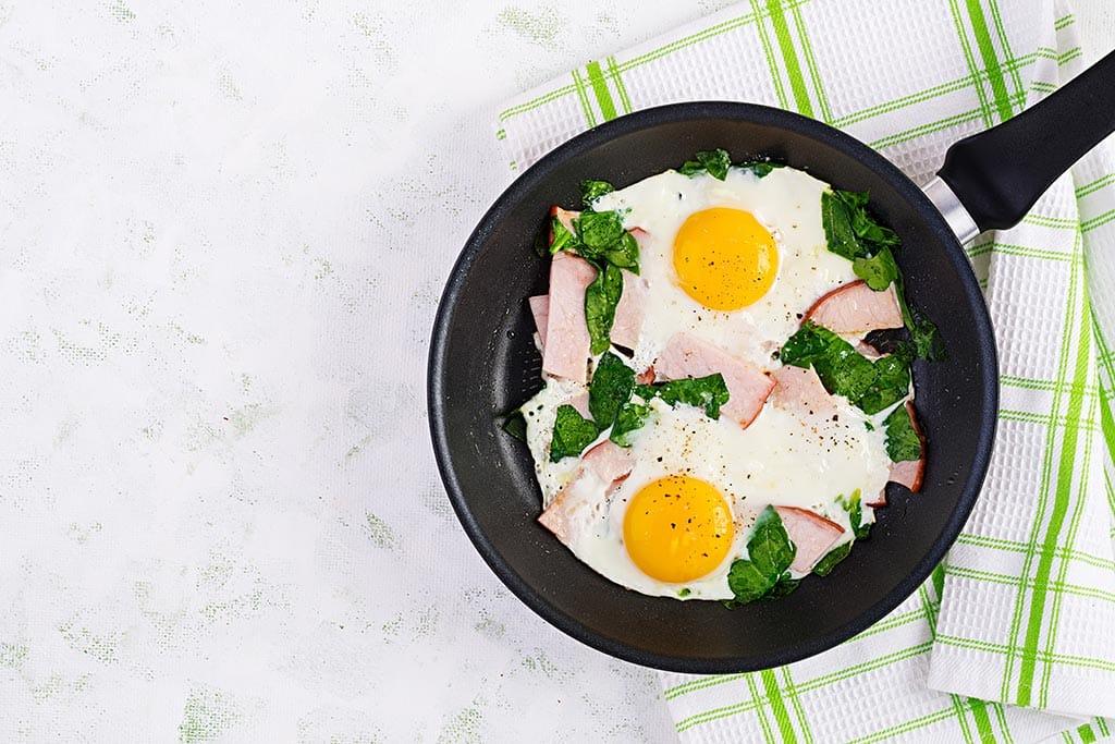 Receta de Huevos Fritos con Jamón