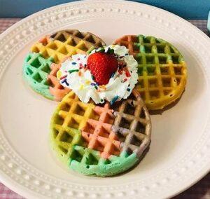 Receta de Waffles de Colores